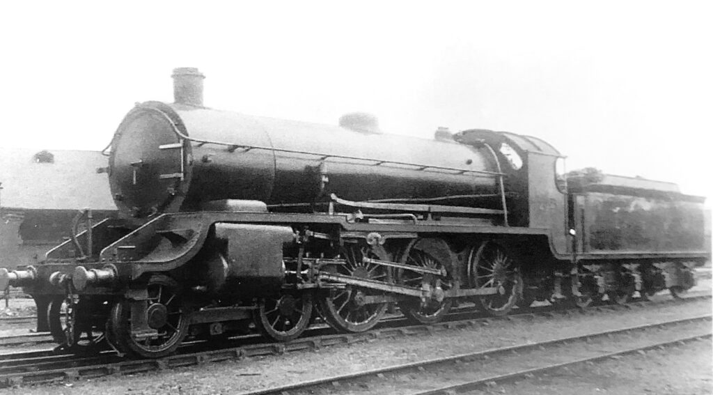 Urie S15 499 in her early years